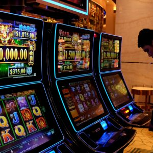 Casinos Online - Bonuses & Best Internet Casino Games
